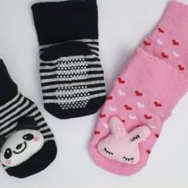 Носочки с игрушкой и прорезинненой подошвой